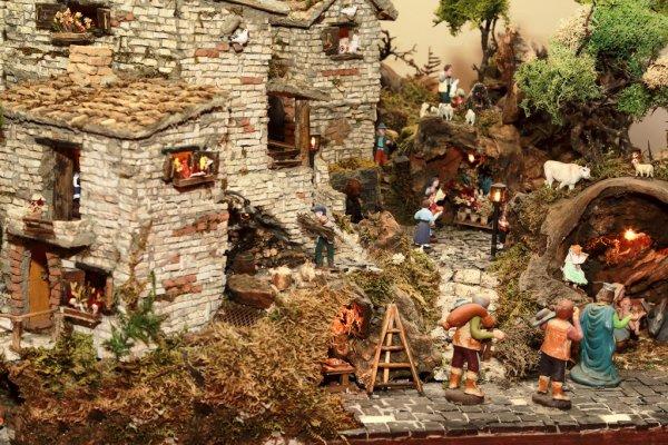 Les crèches de Noël 2015 Depositphotos_89110642-The-Nativity-scene