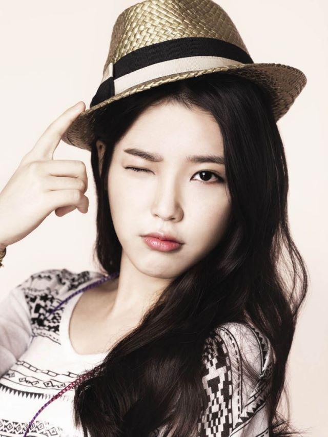 صور ابطال مسلسل حلم الشباب Lee-Ji-Eun-4