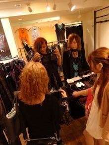 2013-10-11 13:14:38 明日は渋谷パルコSixh.店にてイベント (Tomorrow Shibuya PARCO Sixh. instore event) T02200293_0225030012712421850