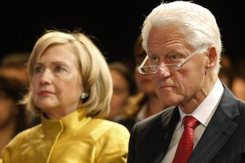 Что на самом деле произошло на похоронах Буша? Old-lady-bill_0