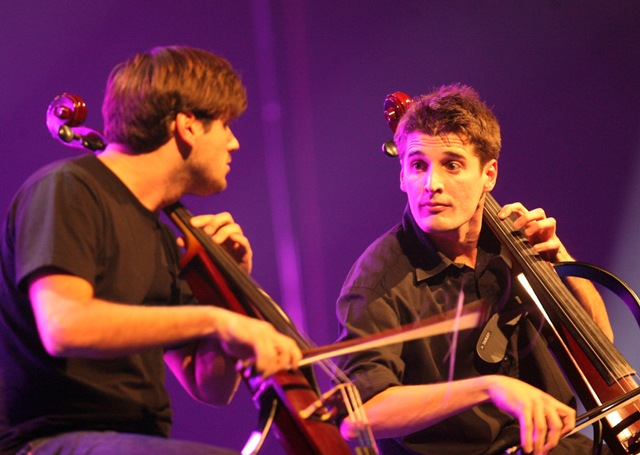 2Cellos 137719555850de301464aef908482063_big
