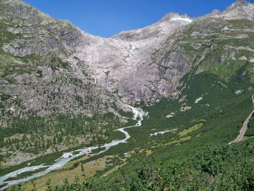 Petit tour en Suisse Artfichier_263507_1284824_201210072349264