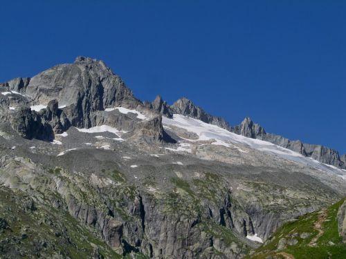 Petit tour en Suisse Artfichier_263507_1284827_201210072431737