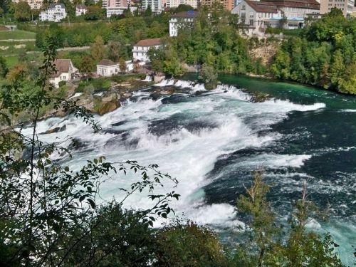 Petit tour en Suisse Artfichier_263507_1284932_201210074944814