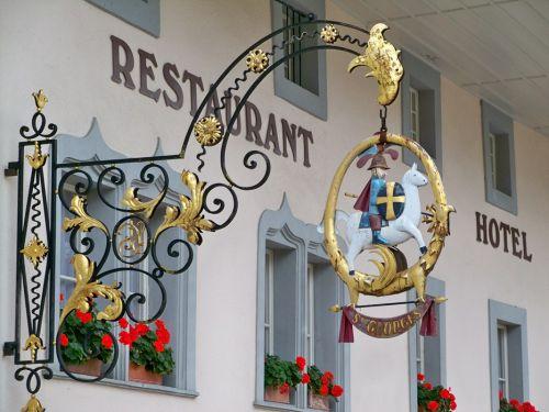 Petit tour en Suisse Artfichier_263507_1284981_201210075532860