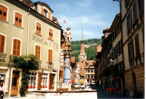 Petit tour en Suisse Artfichier_263507_1285003_201210075827879