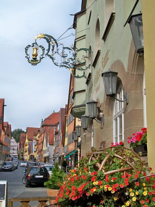 Enseignes en Autriche et Allemagne Artfichier_263507_1287670_201210080113706