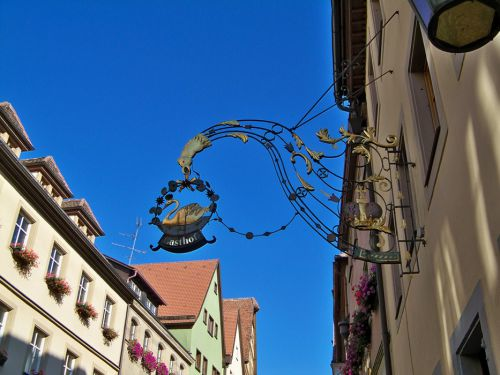 Enseignes en Autriche et Allemagne Artfichier_263507_1287681_201210080357503