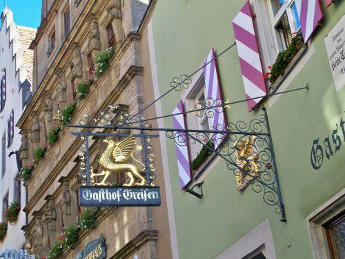 Enseignes en Autriche et Allemagne Artfichier_263507_1287686_201210080453988