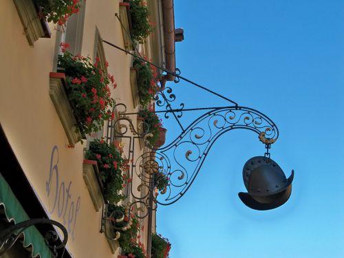 Enseignes en Autriche et Allemagne Artfichier_263507_1287687_201210080528884