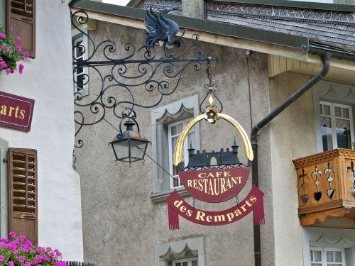 Enseignes en Autriche et Allemagne Artfichier_263507_1287710_201210081240916