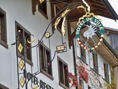 Enseignes en Autriche et Allemagne Artfichier_263507_1287711_201210081303278