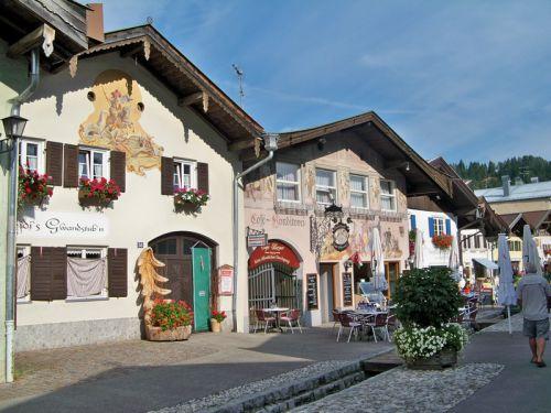 Maisons peintes en Allemagne Artfichier_263507_1288403_201210084504404