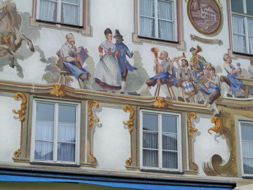 Maisons peintes en Allemagne Artfichier_263507_1288458_201210085707168