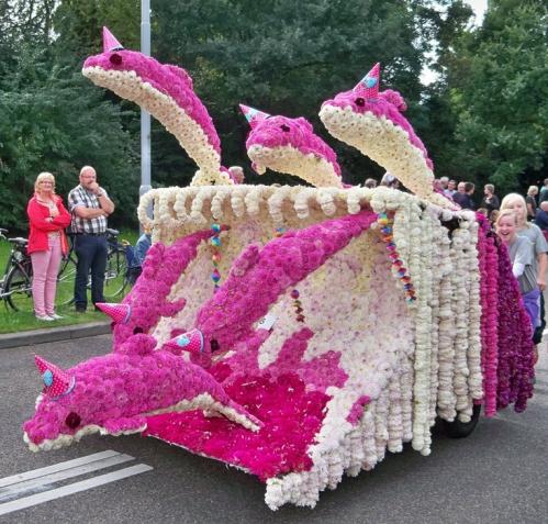 Corso fleuri de Lichtenvoorde (Pays Bas) Artfichier_263507_2801050_201310020815702