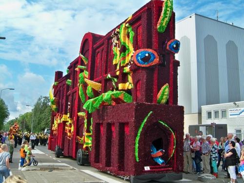 Corso fleuri de Lichtenvoorde (Pays Bas) Artfichier_263507_2801084_201310021424316