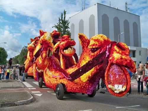 Corso fleuri de Lichtenvoorde (Pays Bas) Artfichier_263507_2801088_201310021445981