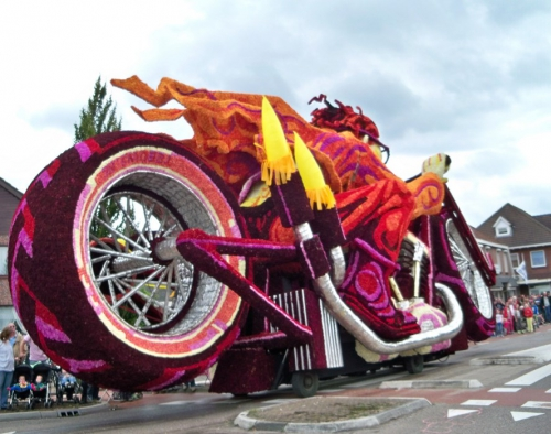 Corso fleuri de Lichtenvoorde (Pays Bas) Artfichier_263507_2801164_201310022713321