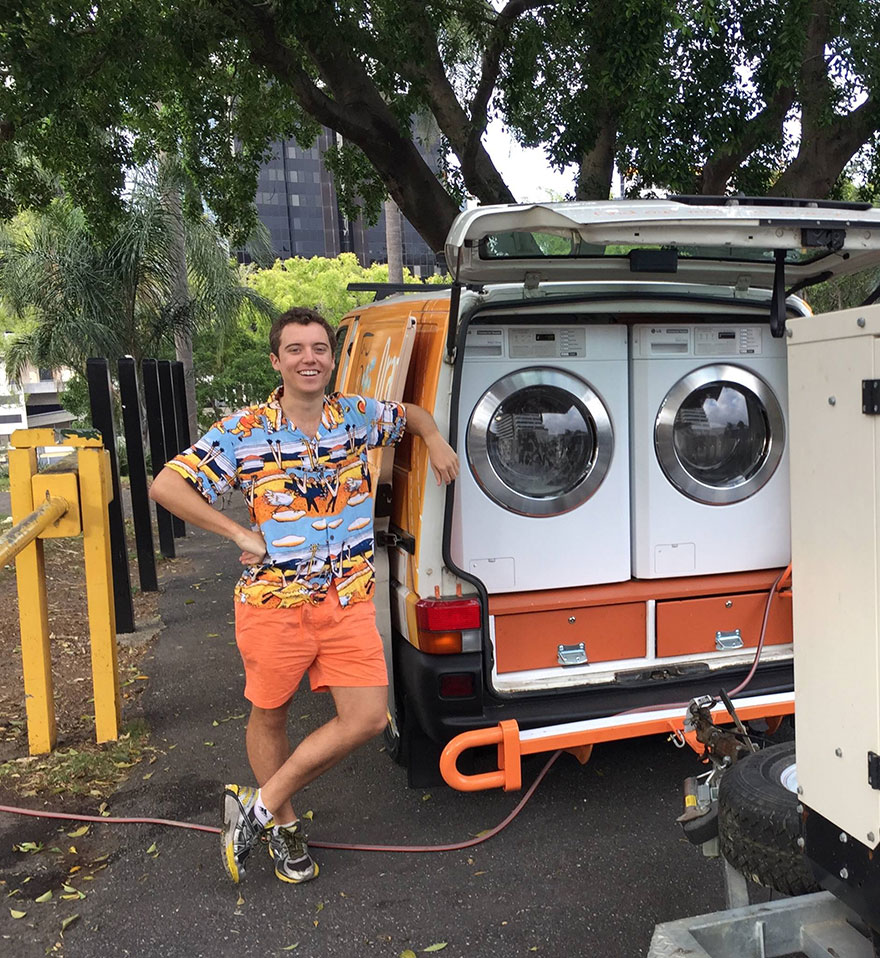 Two Friends Turned Their Van Into A Mobile Laundromat To Wash Clothes For The Homeless Homeless-moving-laundromat-orange-sky-laundry-australia-6