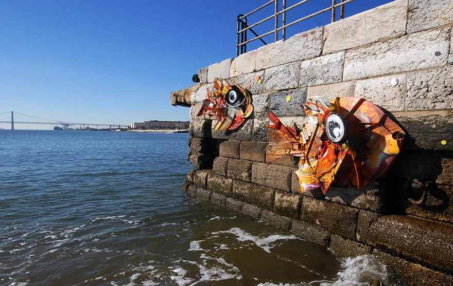 Arthur Bordalo - Bordalo II Recycled-sculptures-street-art-big-trash-animals-artur-bordalo-9