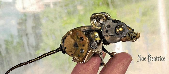 Spectacular Tiny Steampunk Sculptures Made Of Recycled Watches Recycled-watch-parts-sculptures-vintage-antique-susan-beatrice-18