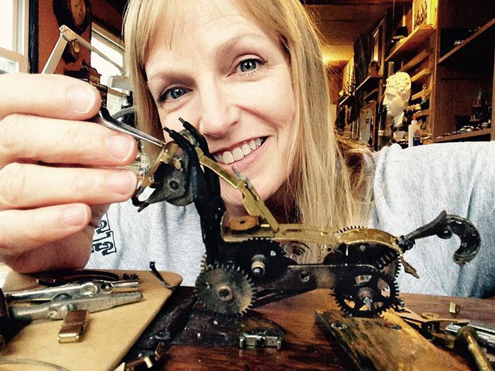 Spectacular Tiny Steampunk Sculptures Made Of Recycled Watches Recycled-watch-parts-sculptures-vintage-antique-susan-beatrice-30
