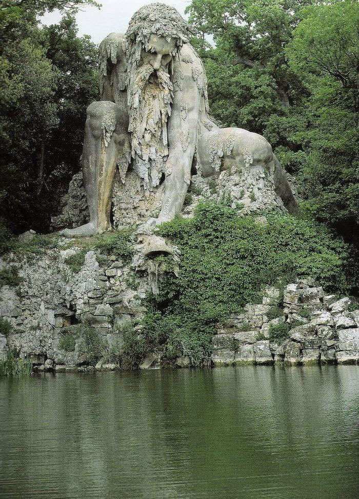 Massive 16th Century 'Colossus' Sculpture In Italy Has Entire Rooms Hidden Inside Colosso-dell-appennino-sculpture-florence-italy-1__700
