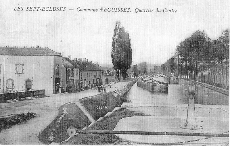 Villes et villages en cartes postales anciennes .. - Page 41 Le_canal_ancienne_carte_postale