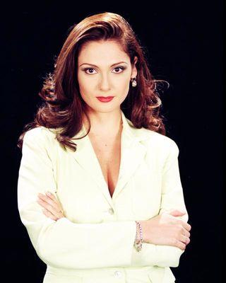 Nora Salinas ნორა სალინასი! Nora-salinas-810735l-poza