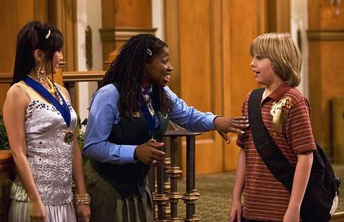 Zac si Cody Suite Life - Page 5 The-suite-life-of-zack-and-cody-596894l-imagine