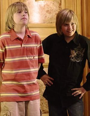 Zac si Cody Suite Life - Page 6 The-suite-life-of-zack-and-cody-717502l-imagine