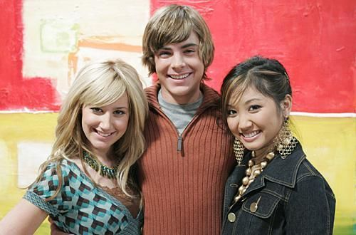 Zac si Cody Suite Life - Page 5 The-suite-life-of-zack-and-cody-760682l-imagine