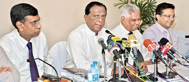 Sri Lanka to attract 2.5mn tourists in 2017 despite snags Image_1483715907-70a44ca8fd