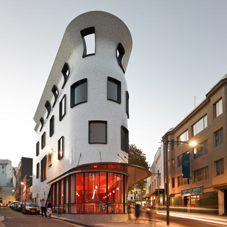 Улицы Сиднея Dzn_Roslyn-Street-Bar-and-Restaurant-by-Durbach-Block-Architects-3