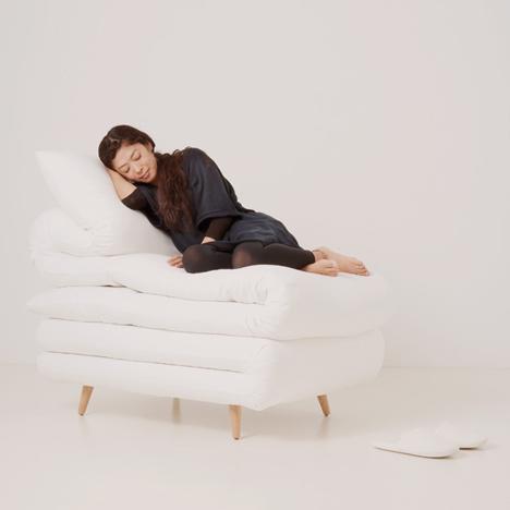 Slika naših trenutnih osećanja - Page 2 Dzn_Sleepy-Chair-by-Daisuke-Motogi-Architecture-2