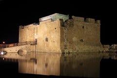 un chateau - ajonc 17 octobre trouvé par Jovany Ch%C3%A2teau-de-paphos-la-nuit-32569713