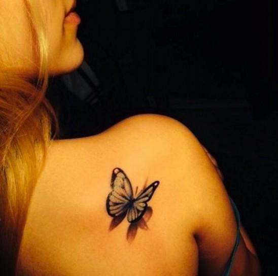>> IMAGENES ENCADENADAS << - Página 18 Tatuaje-3d-mariposa-vuelo