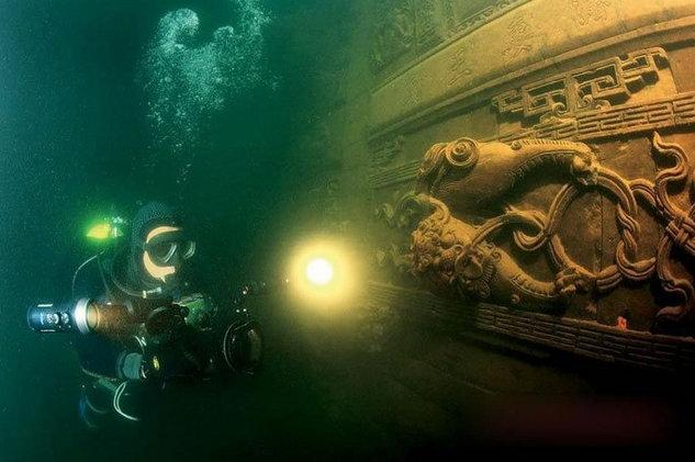 Archeologia Misteriosa Shi-Cheng-scuba-diving2