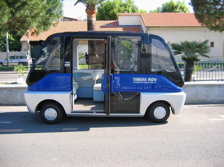 Petits flux : minibus automatiques, minitrams, etc ... 240673908_910c978ea5_o