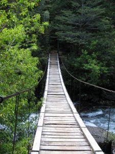 Baixos Kian - Carl Thompson Tribute Uma-ponte-de-madeira-antiga_2964134