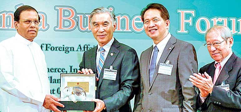 President Maithripala Sirisena woos Thai Investors BUP_DFT_DFT-1_02-72