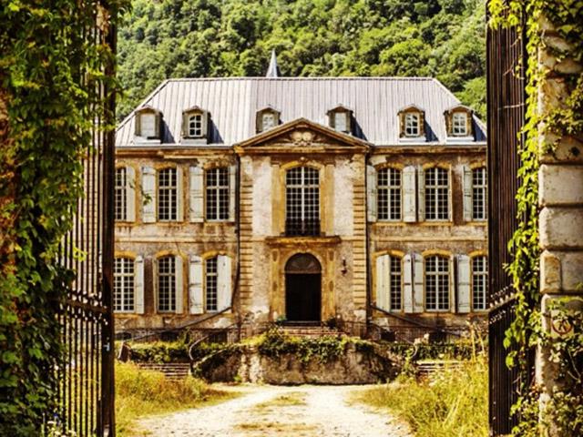 ON - A Decadência do Conde - Página 12 Tamanho_castelo