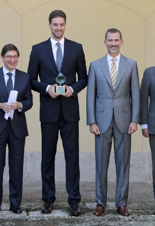 ¿Cuánto mide el Rey Felipe VI? - Altura - Real height FFN_Gasol_Pau_GTRES_071515_51799596-510x740