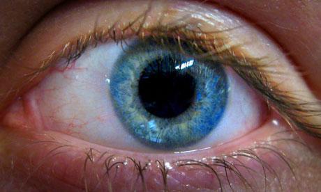 Oliver Sacks Close-up-of-eye-007