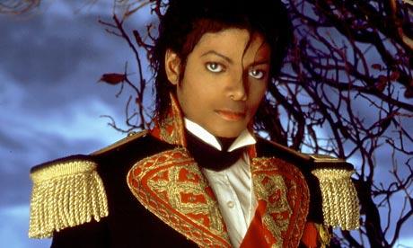 """Immagini era """"THRILLER"""" - Pagina 40 Michael-Jackson-in-milita-001"""