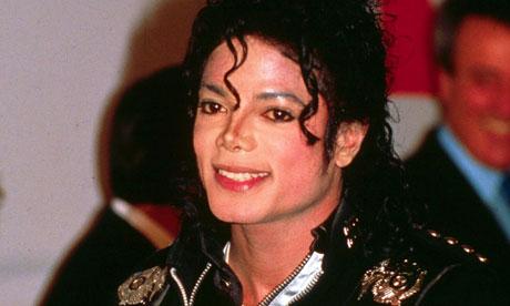 """[LIBRO] """"Untouchable"""" - biografia su MJ di Randall Sullivan  - Pagina 4 Michael-Jackson-at-Wemble-008"""