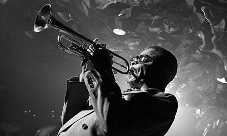 The Top 10 Jazz Books Dizzy-Gillespie-007