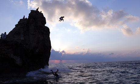The Great Sea Boys-dive-into-the-Medite-008