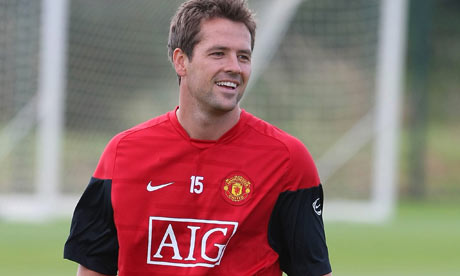 [2009/2010] Premier League Michael-Owen-of-Mancheste-001
