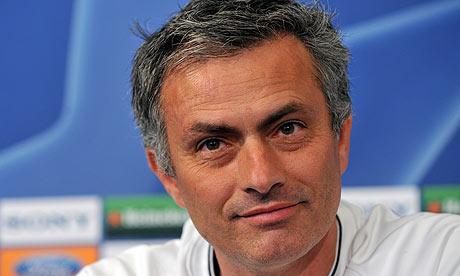كلاسكو الوصول لويمبلي  Jose-Mourinho-speaks-at-a-001